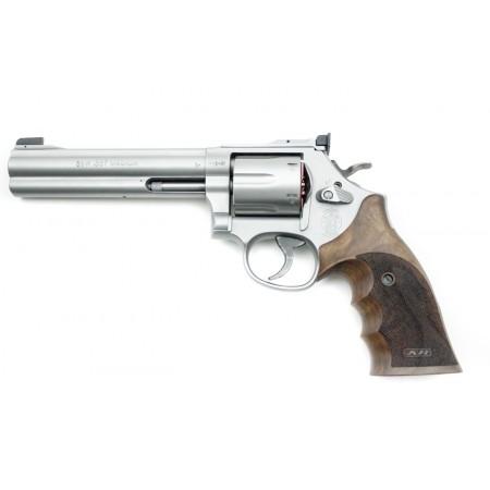 Revolver S&W 686 Target champion
